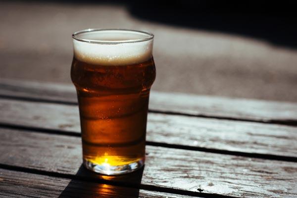 Bierverkostung Wien - Craft Bier verkosten, wo Du Dich am Wohlsten fühlst - bei Dir zuhause. Entdecke Craft Beer bei einer professionellen Bierverkostung in ganz Wien. Ideal auch als Geschenksidee und Geschenk für Freunde und Familie